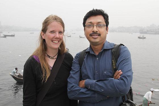 Ich und Sanaul Haque bei Sadarghat. (Foto: Amran Hossain)