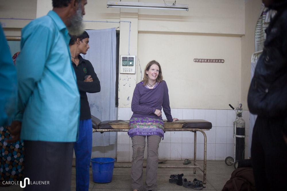 Selbst im Spital bin ich nicht vor neugierigen Blicken geschützt. (Foto: Samsul Alam Helal)