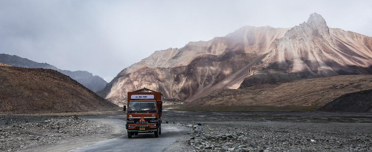 truck on manali leh highway