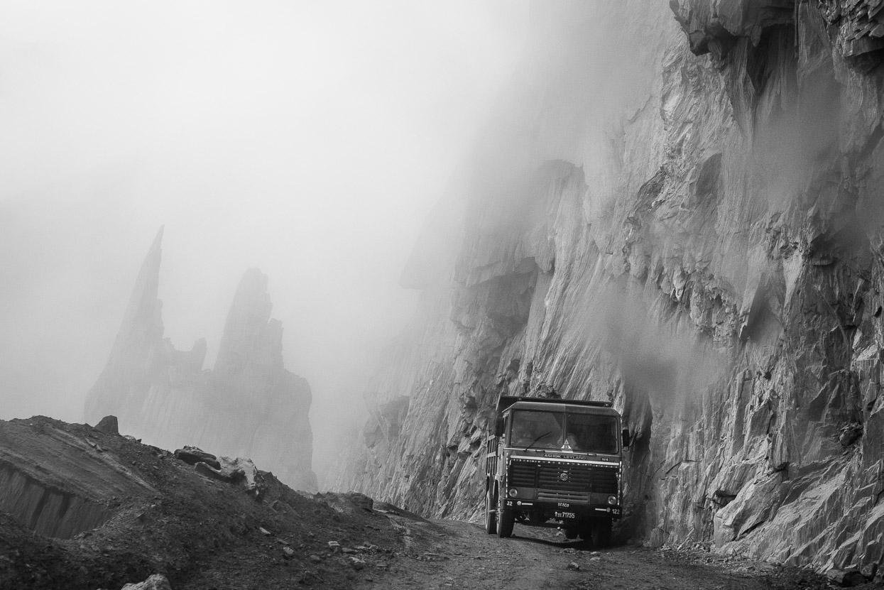 truck in fog on srinagar leh highway 1d