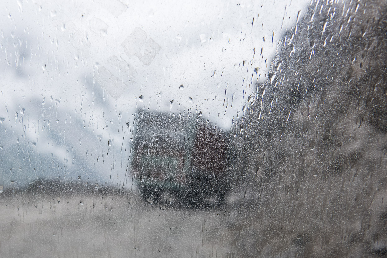 rain on srinagar leh highway